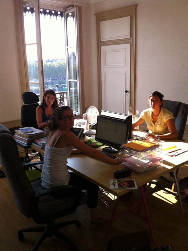 Bureau Communication