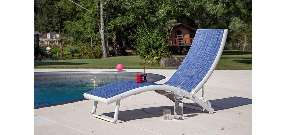 la chaise longue Bilbao bleue design