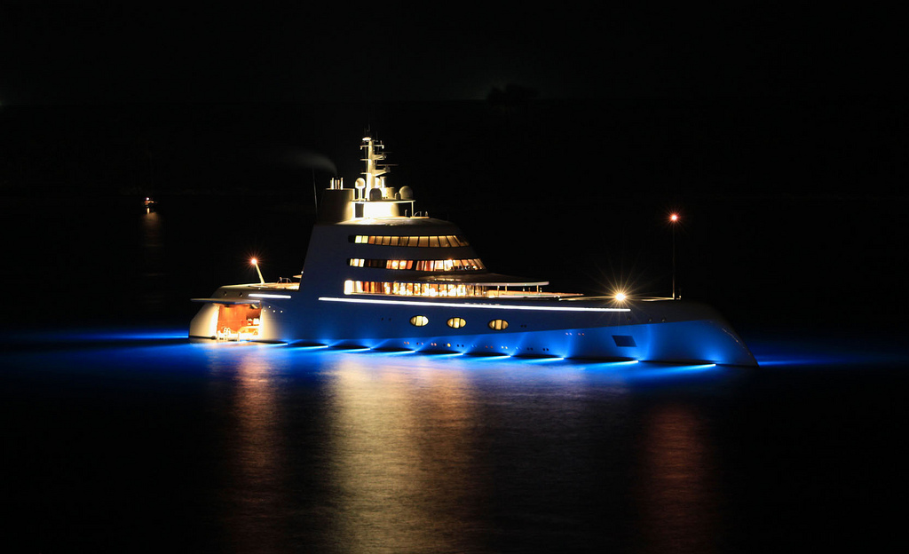 Yacht dessiné par Philippe Starck